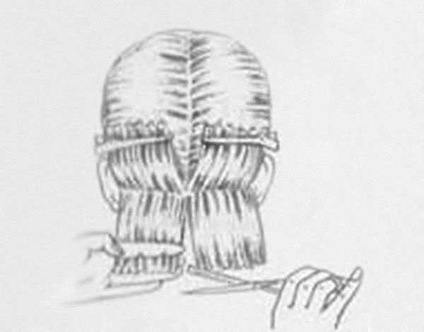 Прореживание волос филировочными ножницами